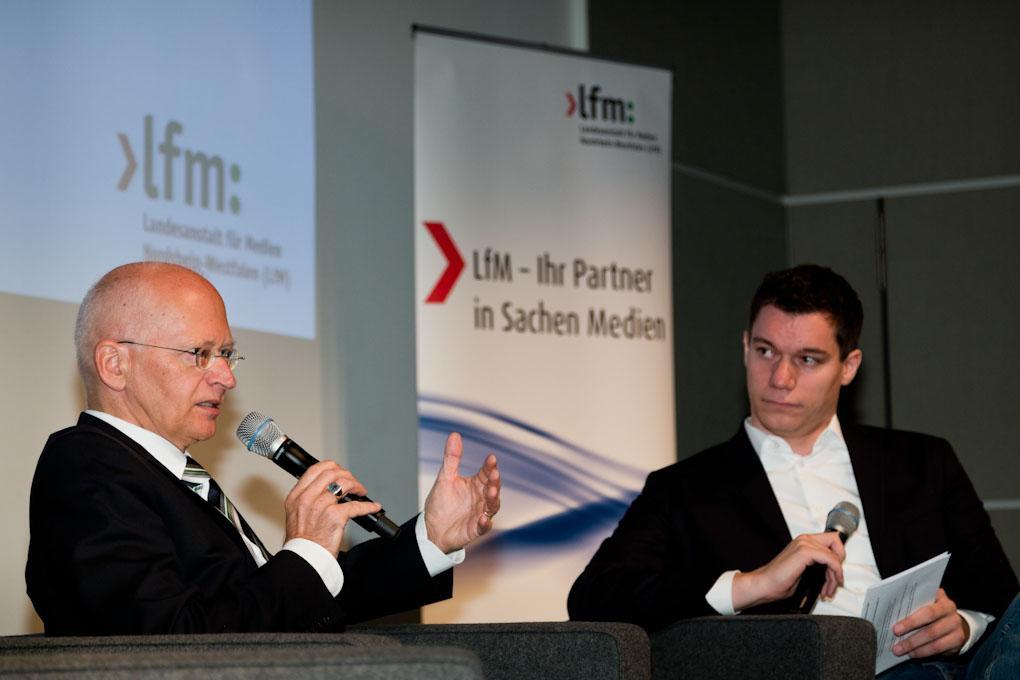 """v.l. Dr. Jürgen Brautmeier und Dennis Horn, Praxistag """"Geld verdienen im Online-Journalismus"""""""