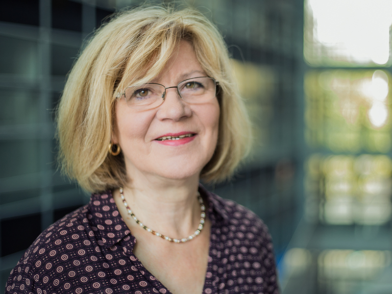 Monika Lossy