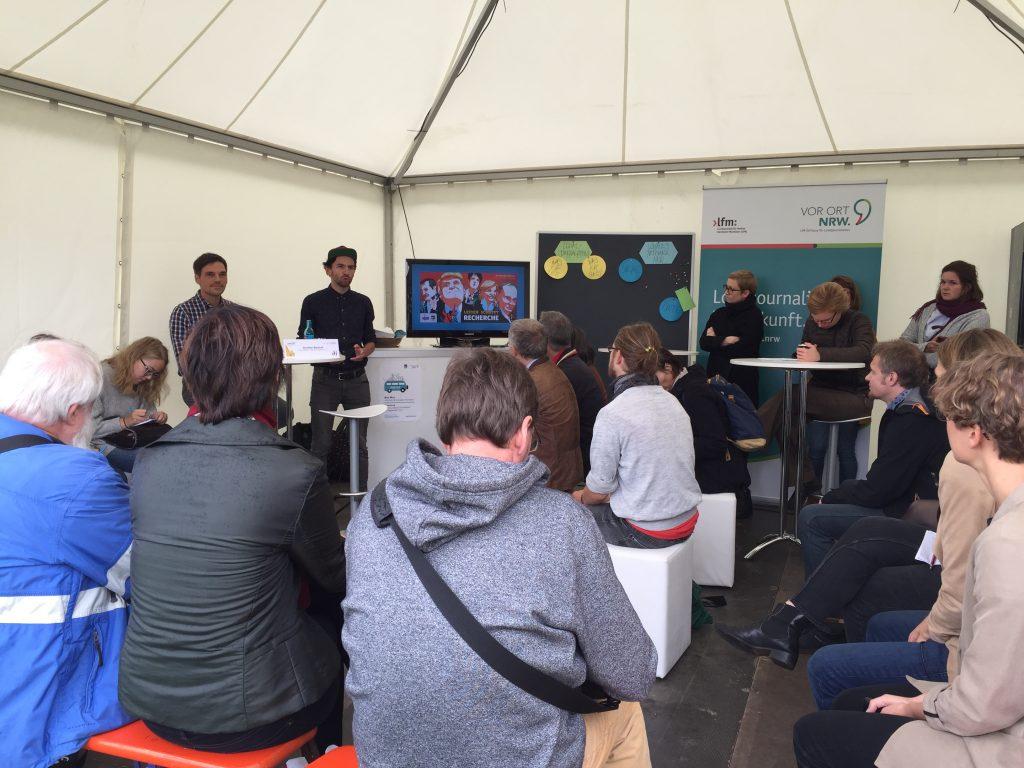 Workshop gemeinnütziger Journalismus auf dem Campfire Festvial 2017: v.l. Thomas Schnedler und Günter Bartsch
