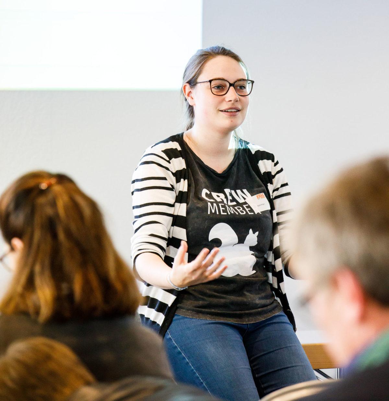 Sophie Rotgeri auf dem DJV NRW Journalistentag 2017 in Duisburg. Workshop: Daten suchen im Lokalen, Foto: Udo Geisler