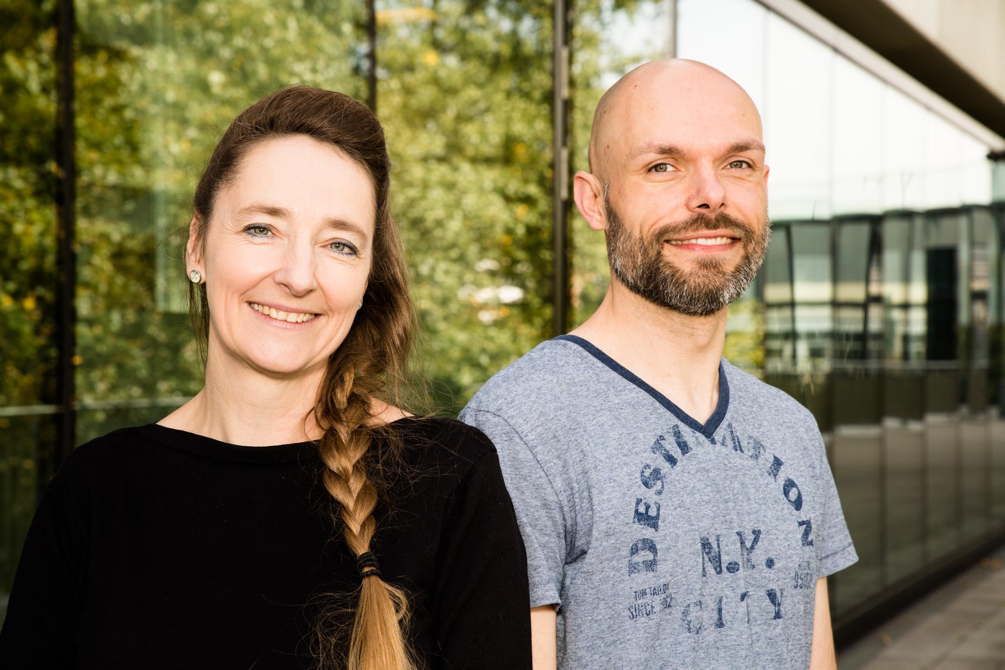 Teamfoto von Lenka Mildner und Thorsten Taplik.