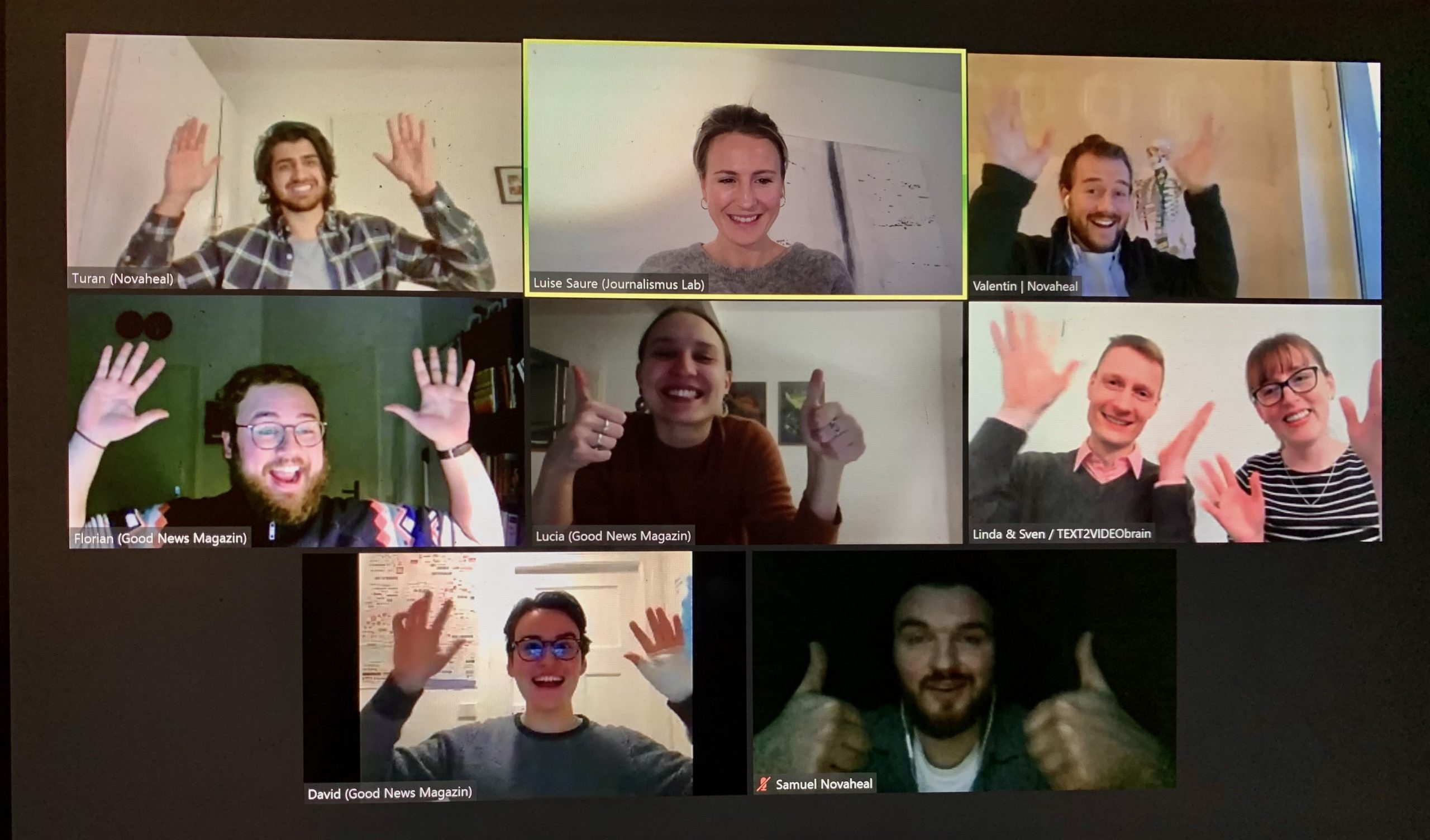 Fellows Batch #4; applaudierende Menschen in 8 Zoom-Videofenstern